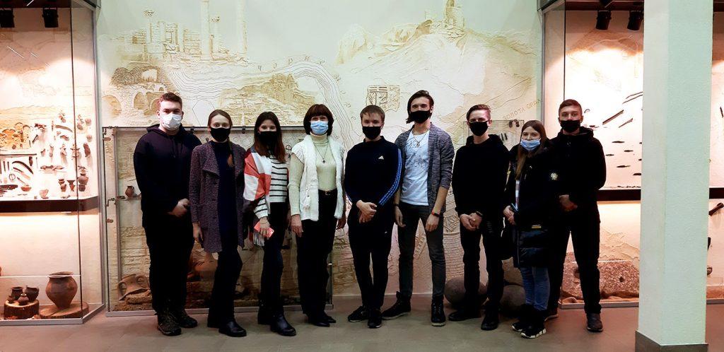 Студенти першого курсу кафедри фізичної географії та картографії відвідали Музей історії університету і Музей археології