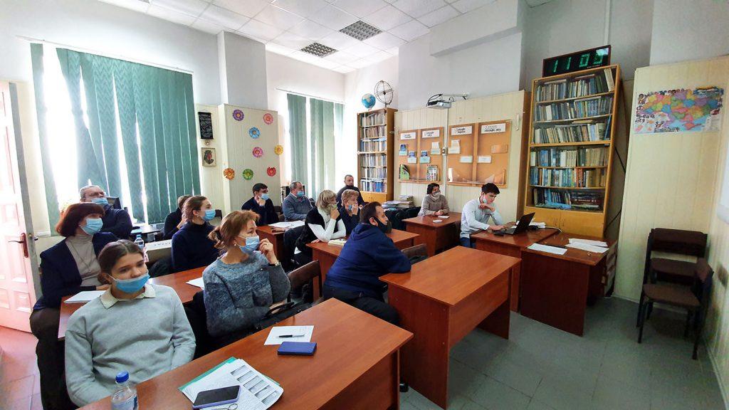 Попереднє слухання робіт учнів-членів Харківського відділення МАН України