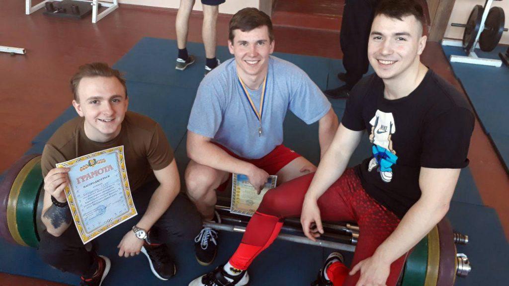 Студенти кафедри у складі команди ФГГРТ  посіли 1 місце у першості з атлетичного двоборства
